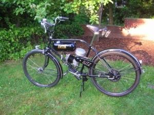 Lutz 1952 op een Goebel fiets uit 1951 50cc