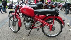 Motom Junior Sport 1957 van Folkert Noblesse