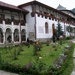 de binnenplaats van het klooster