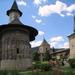 ander klooster met kerkje