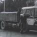 VB-63-42   Chauffeur Van Achteren