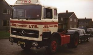 Mercedes-Benz-1418
