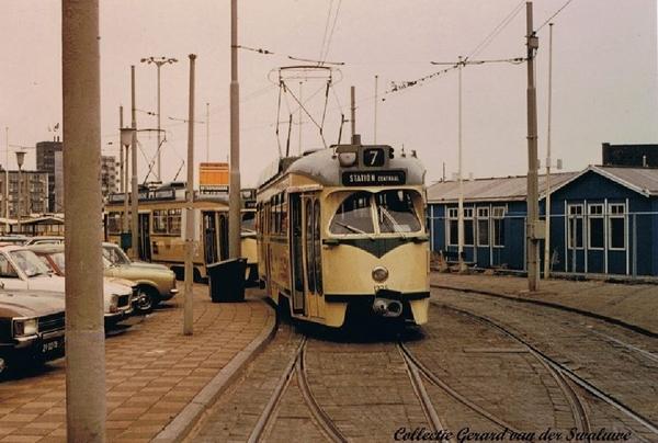 Gevers Deijnootplein met PCC lijn 7 30 Mei 1976.