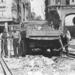 Daar gaan de rails in de Grote Houtstraat hoek Verwulft in 1949