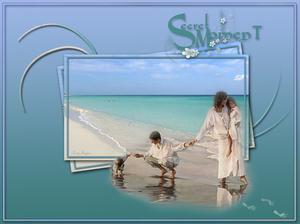 koppel met kids op het strand 0