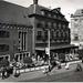 Dagelijkse Groenmarkt, café-restaurant ''t Goude Hooft' 1952