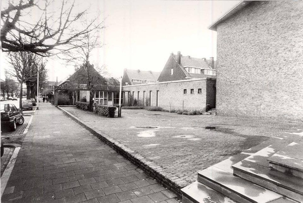 Vaste Burchkerk op de Potgieterlaan