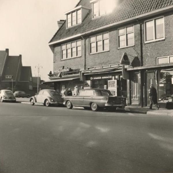 1967 Nieboerweg, op de hoek van de Tesselsestraat.