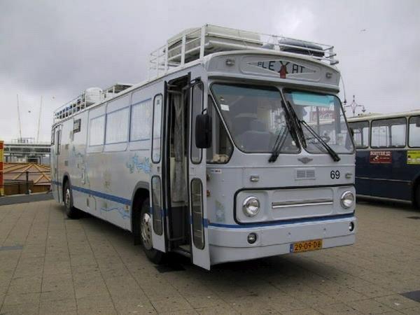 69 Boulevard Scheveningen 2 September 2000