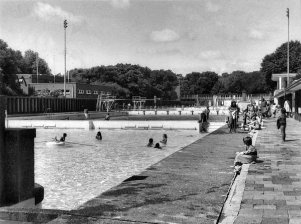 Den haag 1975 zwembad zuiderpark den haag onze stad gratis