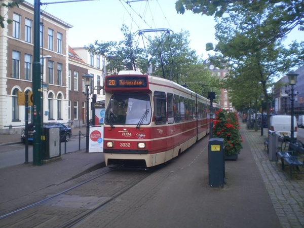 3032 als lijn 20 Stationsweg