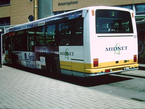 Midnet 1207 Hilversum station