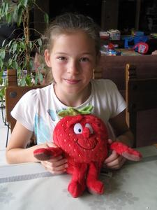 05) Blije Jana met haar lievelingsknuffel