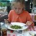 28) Jana eet smakelijk