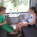 90) Lectuur op de trein