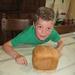 136) Na drie uur is het broodje gebakken