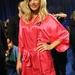 Doutzen_Kroes_backstage_2011_VS_Fashion_Show_J0001_006