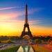 hd-achtergrond-met-eiffeltoren-in-parijs-bij-zonsopgang
