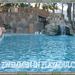 zwembad aan hotel