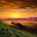 hd-landschap-wallpaper-met-een-prachtig-heuvelachtig-gras-landsch