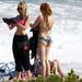 hd-bikini-wallpaper-met-meiden-in-bikini-op-het-strand-hd-vrouwen