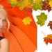 hd-herfst-wallpaper-met-vrouw-met-oranje-paraplu-en-herfstbladere