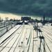 hd-treinen-achtergrond-treinen-op-een-besneeuwd-station-trein-wal