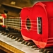 musik-instrumente-mit-klavier-und gitarre-hintergrund-bilder