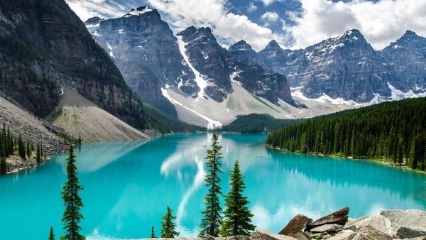 moraine-lake-banff-national-park_728091234