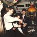 Peter Lodder schenkt Champagne