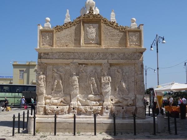 1A Gallipoli _007 _Griekse fontein