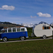 VW Samba Bus met Caravan