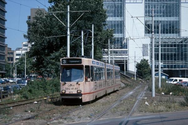 3079 CS-hoog als tram 3 in de richting van de Muzenstraat