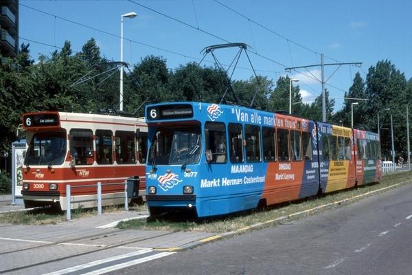 3090+3077 GTL's op lijn 6 bij het eindpunt De Uithof