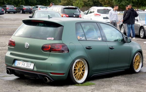 DSCN6256_VW-Golf_un-fk-307_mat-groen