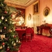 victorian-decorations-not-just-the-tree-but-the-entire-setting-is