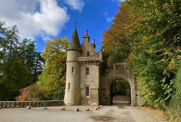 castle-3753682_960_720