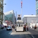 1e Checkpoint Charlie _controlepost richting Oosten_vanaf Amerika