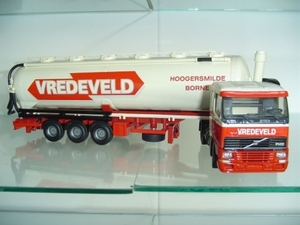 Vredeveld - Hoogersmilde      Volvo