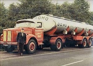 R. Woltman, voor de truck W. Woltman