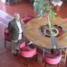 Leo in het kasteeltje tijdens de fotosessie van het Vlaams Belang
